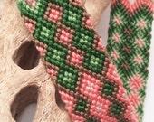 Double diamond friendship bracelet in green and peach