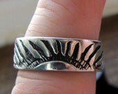 Vintage Sterling Silver Native Style Rising Sun Size 9 Ring