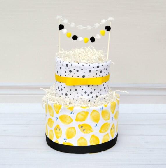 Lemon Baby Shower, Lemon Party Decorations, Summer Baby Shower, Fruit Baby Shower, Lemon Baby Blanket, Diaper Cake, Yellow Black Shower