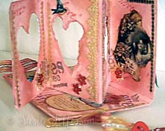 TUTORIAL: Diorama mini book, with spine
