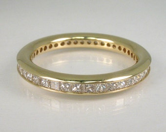Diamond Eternity Ring With Square Brilliant Cut Diamonds - 18K Yellow Gold – 0.84 Carats Diamond Total Weight - Appraisal Included