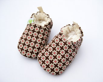 Organic Vegan Mod Flowers / All Fabric Soft Sole Baby Shoes / Made to Order / Babies Shower Gift Girl
