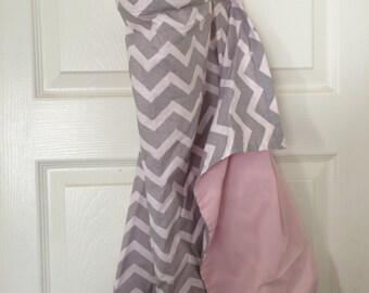 Nursing Cover - chevron gray and pink, grey, Breastfeeding Nursing Cover,Hooter Hider