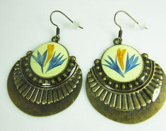 Orient Beauty Earrings, Pressed Flower Earrings, Real Flowers, Antiqued Brass (1680)