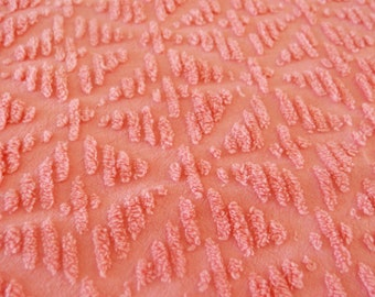 "Vintage Chenille bedspread fabric piece - pink chenille, flower pattern - 18"" x 24"" - 400-94"