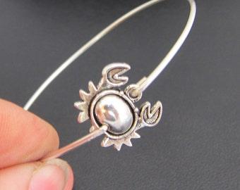 Silver Crab Bracelet, Beach Jewelry, Crab Jewelry, Beach Bangle, Beach Bracelet, Crab Bangle, Zodiac Sign Jewelry, Cancer Zodiac Jewelry