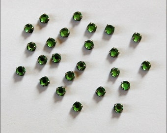 Vintage Glass Rose Montees Sew On Embellishment Beads Emerald Silver Settings 16ss