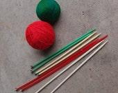 SALE SALE SALE Vintage Knitting Needles Destash Lot Size 9 Nine Four Pair Plastic Supplies