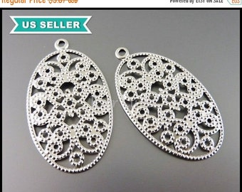 15% OFF 4 Beautiful oval patterened filigree pendants, jewelry necklace pendants, charms, silver metal findings 1622-MR
