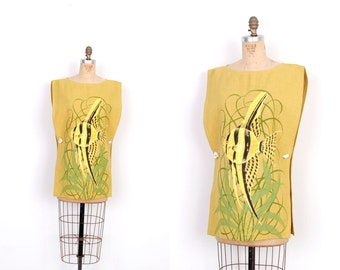 Vintage 1960s Blouse / 60s Bagshaws Painted Fish Blouse / Yellow (S M L)