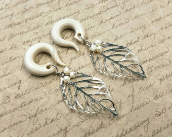 Pearl Budding Leaf Gauged Earrings Plugs with Real Natural Pearls