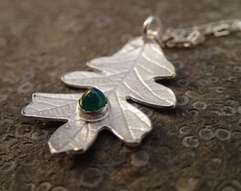 Silver Oak Leaf with Chrysoprase Cabochon pendant necklace