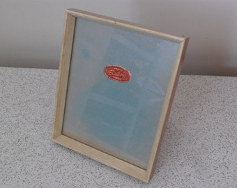 1950s vintage photo or pictute frame with glass