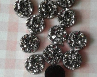 12- Gray Silver Resin Druzy Beads 12mm - Set of 12 -Drusy Cabochon Ready to Ship , Jewelry Supplies