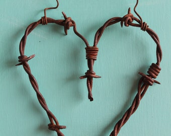unique handmade wall decor hanging rusty barbed wire heart