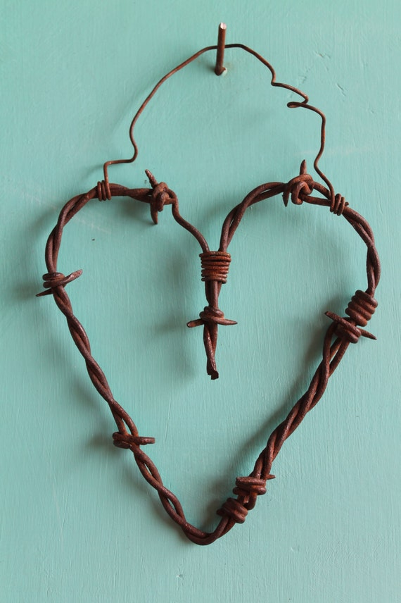 Unique Handmade Wall Decor : Unique handmade wall decor hanging rusty barbed wire heart