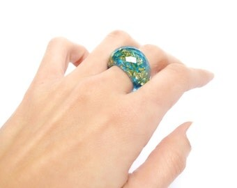 Faceted Turquoise Blue and Gold Metal Flakes Statement Ring in Resin