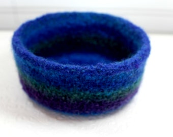 Blue Wool Felted Bowl, Purple Turquoise and Green Wool Felt Bowl, Knit Felt Wool Bowl, Striped Felted Wool Bowl, Felted Wool Home Decor Bowl