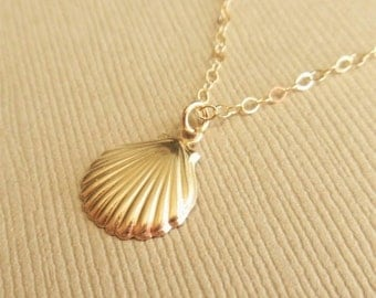 Gold Shell Necklace, 14kt Gold Filled, Gold Shell Charm, Gold Shell Pendant, Lightwieght, Delicate