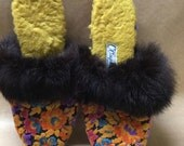 Omphies Vintage Mules with Fur Size 7 Tapestry Slippers Hollywood Glamour Starlet Fifties Sixties Slippers Lounge Wear