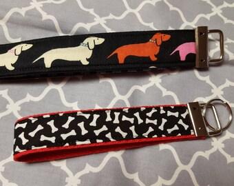 Weiner Dog Key Fob / Dachshund KeyChain / Daschund Wristlet KeyFob / Winnie Dog Key Fob Wristlet Doggie / Dog Fabric Key Chain