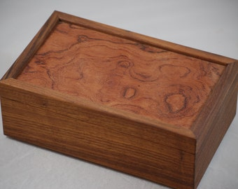 "Fantastically Figured Walnut  Jewelry Box 10"" x 6"" x 4"