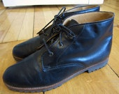 90s black leather ankle boots - soft leather - size 7M