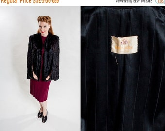 ON SALE 25% OFF Vintage 1940s Black Fur Cape - Bedell New York Pony - Winter Fashions