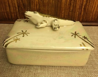 Lustreware Alligator Trinket Box  UNDER 20
