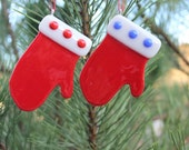 CHRISTMAS TREE ORNAMENT-Little Red Mitten Fused Glass Tree Trim, Gift for Coworker, Mitten Decor, Glass Ornaments, Gift for Teacher, 10 Gift