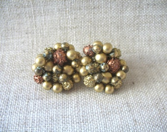 Vintage Cluster Earrings ~ Clip On ~ Gold-Rust Beads