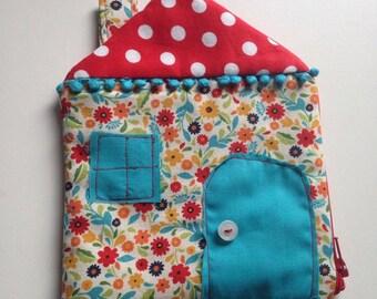 Cute cottage zippy pouch