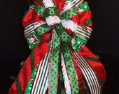 Tree Topper Bow, Bow Topper, Wreath Bows, Red Green and White Christmas Bow, Topper Bow, Santa Ribbon