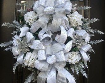 White Christmas Wreaths For Front Door, Silver and White Winter Wedding Wreath, Silver Christmas Wreath, Wreaths Christmas