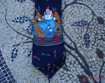Vintage Hallmark Yule Tie Greetings Christmas Necktie