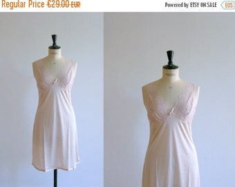 3DAYS 40% OFF // Vintage slip dress. lace slip dress. 80s pale pink lace slip dress. deadstock lingerie