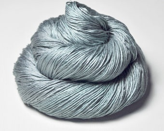 Dozing by the pond - Silk Fingering Yarn - knotty skein