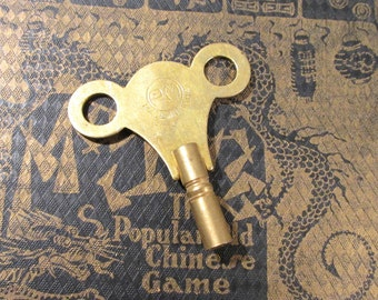 Clock Key Winder One (1) Brass Barrel Clock Key Winder PM India Antique Vintage Metal Clock Key Jewelry Art Watch Clock Supplies (Y202)