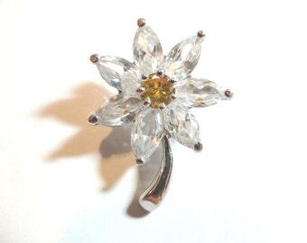 Brilliant Rhinestone Brooch Pin Flower Yellow White Vintage Jewelry