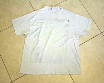 Thin Faded Ying Yang T-shirt XL / Distressed Tee