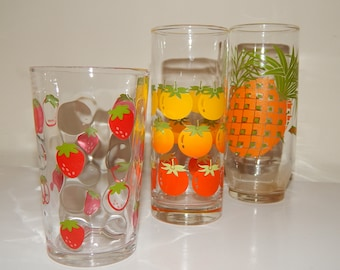 Mixed Lot of 3 Retro 70's Pineapple/ Tomatoes/ Strawberry Printed Drinking Glasses