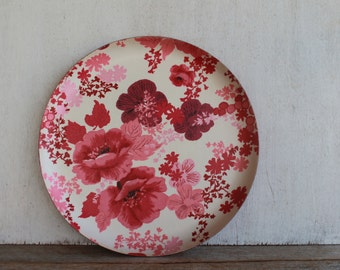 Vintage Serving Tray // Red & Pink Floral // Retro Kitchen