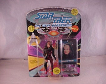 Star Trek TNG 1993 Action Figure K'Ehleyr