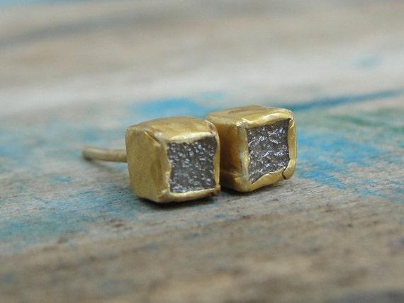 Rough Diamond Earrings , Raw Diamond Earrings , Diamond Gold Studs , Uncut Diamonds Studs , Diamond Studs , April Birthstone Earrings