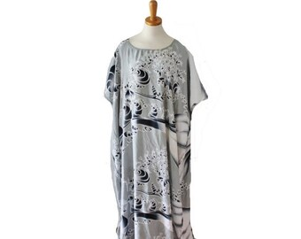 CIJ 40% off sale // Vintage 80s Gray Caftan Full Length Maxi Dress // Women one size // batwing, hippie, boho, festival, rayon