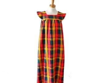 30% off sale // Vintage 70s Mod Plaid Full Length Dress // Women Medium // autumn, fall festival