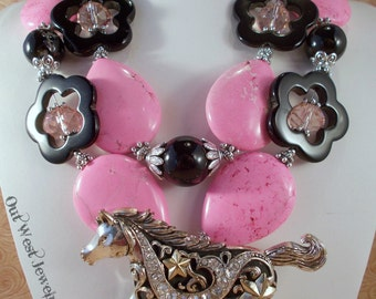 Western Cowgirl Necklace Set - Chunky Pink Howlite and Black Agate Flowers with a Magnetic Horse Pendant