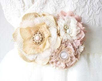 Pink Flower Sash, Bridal Sash, Wedding Sash, Floral Bridal Belt, Pearl Sash, Vintage Bridal Belt, Wedding Dress Brooch, Fabric Flower Pin