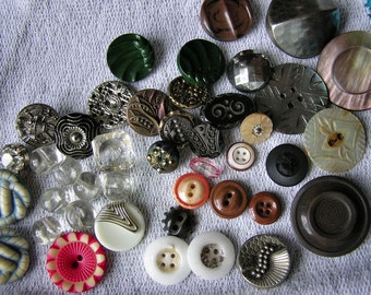 Buttons Antique Vintage Big Mixed Lot 42 Pieces Matched Sets Small To Large
