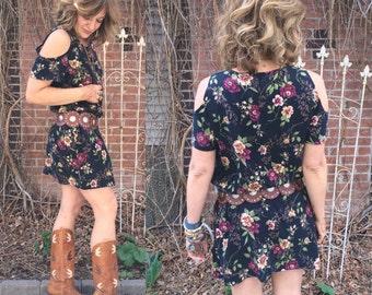 Vintage mini DRESS,Size M/L , rayon mini dress, hipster dress, festival dress, floral  dress, free people style, cut out  dress, Zasra